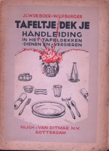 J.C.W.-De-Boer-W.L.P.-Burger-Tafeltje-dek-je-1931-738x1024
